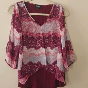 By & by Cold Shoulder Blouse maroon XS